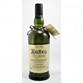 Ardbeg Very Young Single Malt Whisky The development of the Ardbeg 10 available to buy online from specialist whisky shop whiskys.co.uk Stamford Bridge York