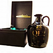QE2 Ceramic Whisky Decanter with 12 year old single malt scotch