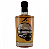 Strathearn Heather Rose Gin from whiskys.co.uk