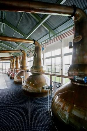 Clynelish-Brora-Whisky Distillery stills