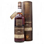 Glendronach 1995 Vintage 19 year old at whiskys.co.uk